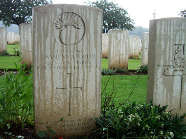 Guillemont road cemetery #3/4