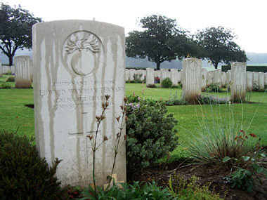 Guillemont road cemetery #4/4