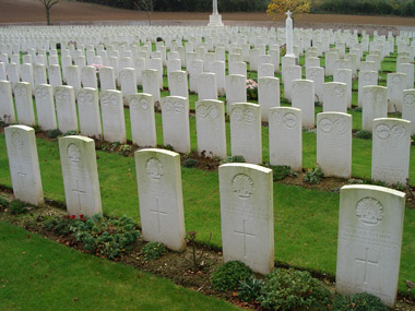 Heilly station cemetery #3/4