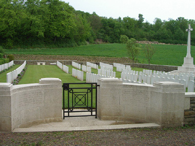 Mesnil communal cemetery extension #1/3