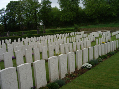 Mesnil communal cemetery extension #2/3